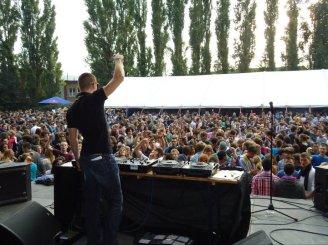 GARDEN PARTY HELMo 2011